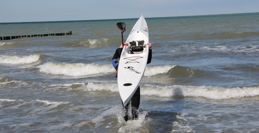 Rennboot zum Surfen